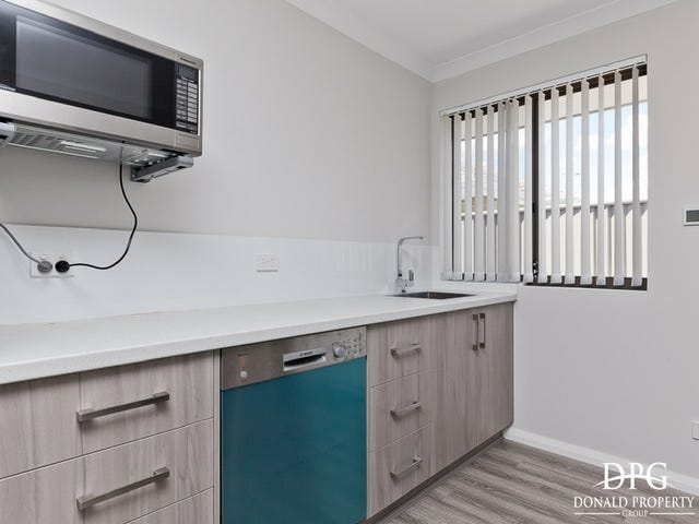 Room 2/97 Bernborough Avenue, Caversham, WA 6055