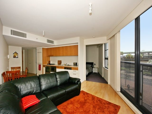 1313/30 Glen Street, Milsons Point, NSW 2061