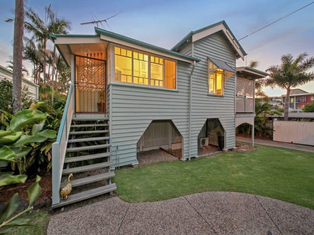 9 Brisbane Street, Sandgate, Qld 4017