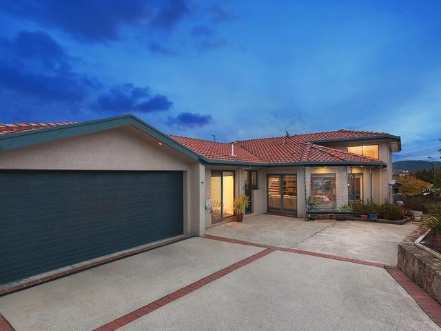 4 Montgomery Place, Conder, ACT 2906