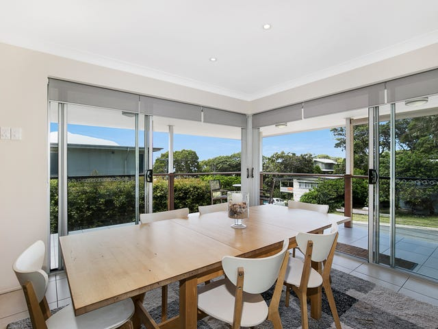 16 Bambara Street, Point Lookout, Qld 4183