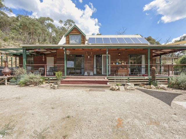 14 Long Gully Road, Flowerdale, Vic 3717