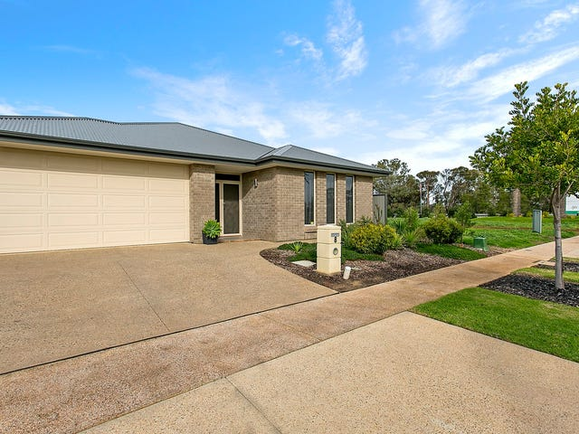 8 Edward John Parade, Penfield, SA 5121