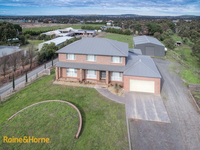 14 Sambell Road, Sunbury, Vic 3429