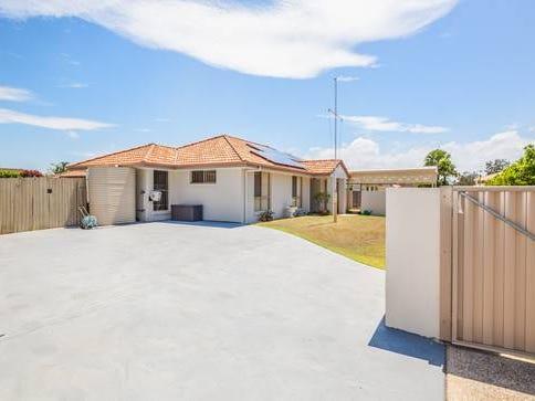 3 Albatross Court, Banksia Beach, Qld 4507