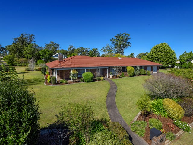 2 Golf Course Drive, Middle Ridge, Qld 4350