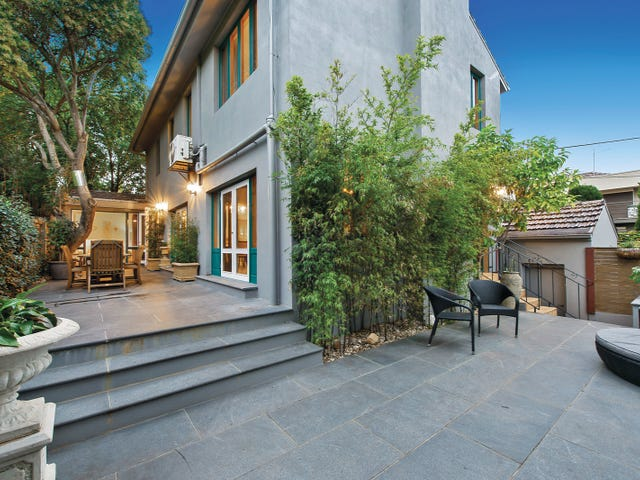 4 Leighton Court, Toorak, Vic 3142