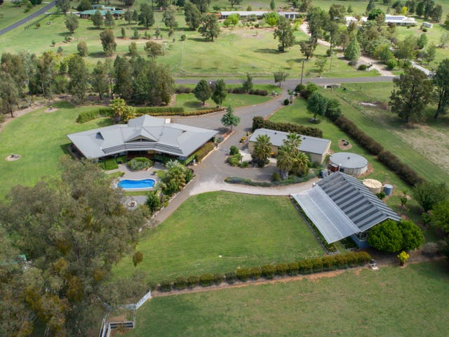 124 Elizabeth drive, Tamworth, NSW 2340