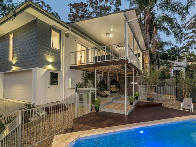 18 Warrawong Street, Chapel Hill, Qld 4069
