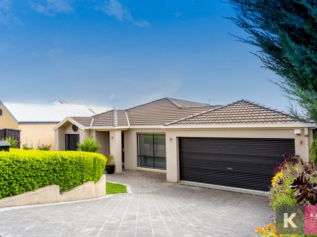 7 Nightingale Crs, Berwick, Vic 3806