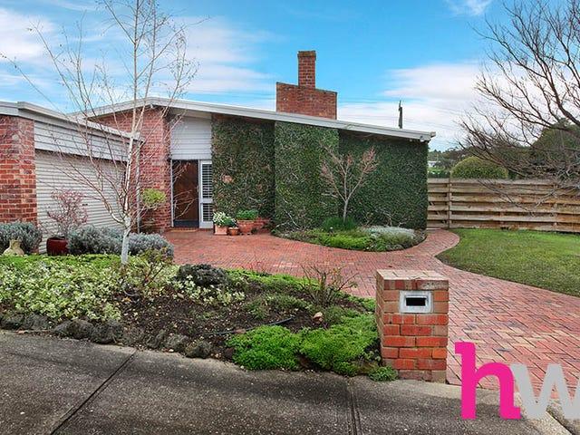13 Summerhill Terrace, Highton, Vic 3216