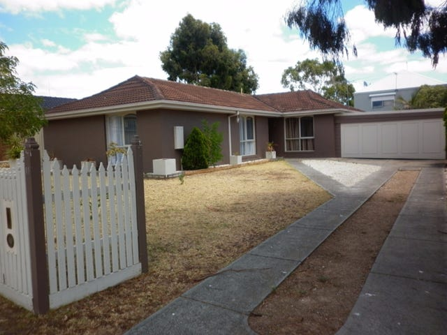 11 Chichester Drive, Taylors Lakes, Vic 3038