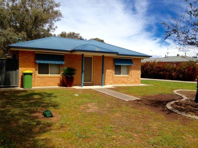 1/62 Hotham Circuit, Thurgoona, NSW 2640