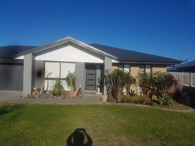 15 Halifax Place, Rural View, Qld 4740