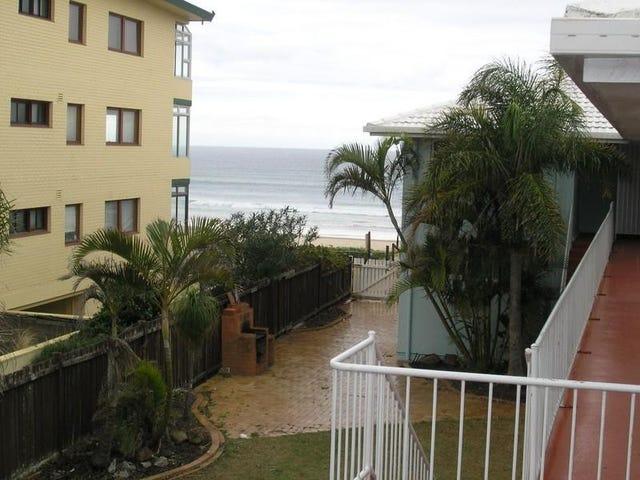 2/3 Nineteenth Avenue, Palm Beach, Qld 4221