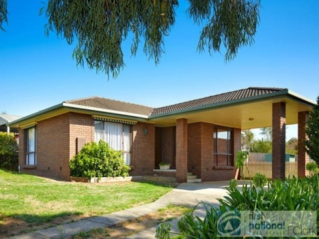 7 Meredith Court, Drouin, Vic 3818