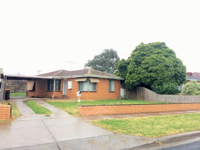 25 Childs Street, Melton South, Vic 3338