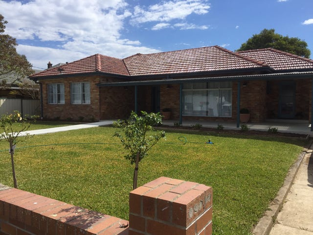 12 Gregson St, Gloucester, NSW 2422