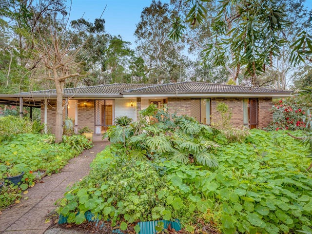 62  Valley View  Road, Roleystone, WA 6111