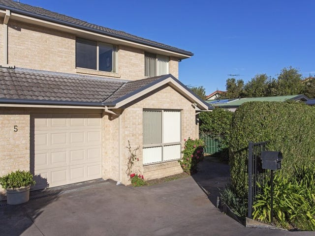 2/5 Gadd Lane, Helensburgh, NSW 2508