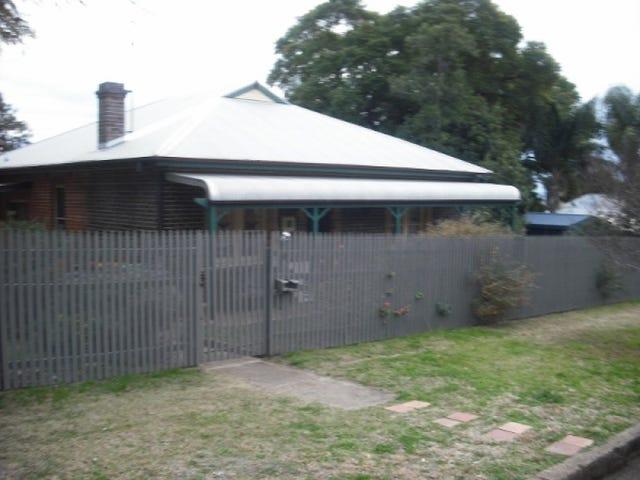 1 Golf Street, Tamworth, NSW 2340
