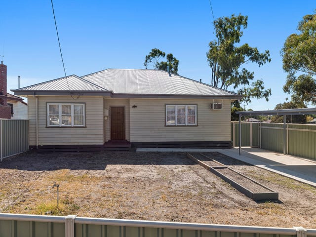 9 Hollow Street, Golden Square, Vic 3555