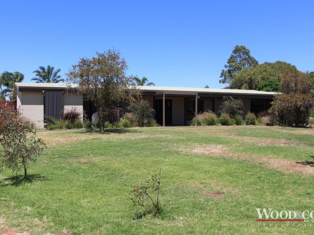 25 Long Lake Road, Lake Boga, Vic 3584