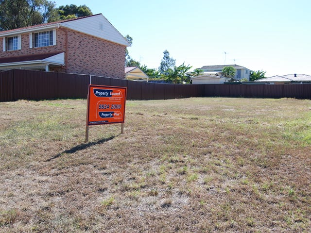 10 Hickory Place, St Clair, NSW 2759