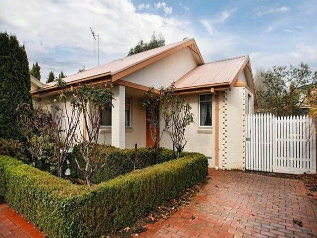 Rear/46 Forest Street, Woodend, Vic 3442