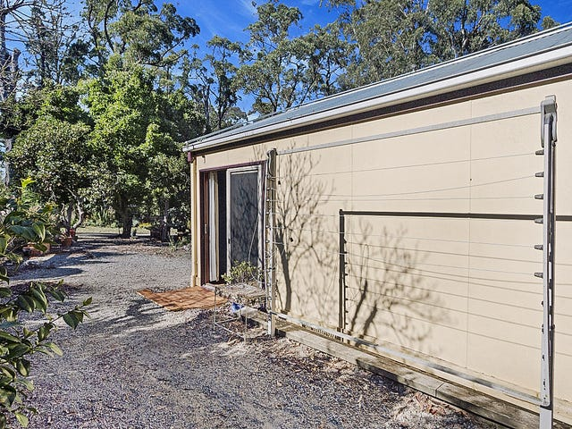 19A Paternoster Road, Cockatoo, Vic 3781