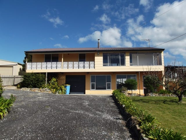 14 Mimosa Street, St Helens, Tas 7216