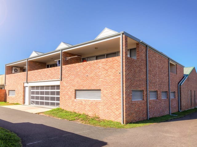4/105 Cowlishaw Street, Redhead, NSW 2290