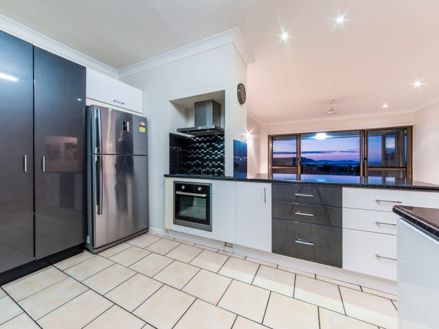14/2 Eshelby Drive, Cannonvale, Qld 4802