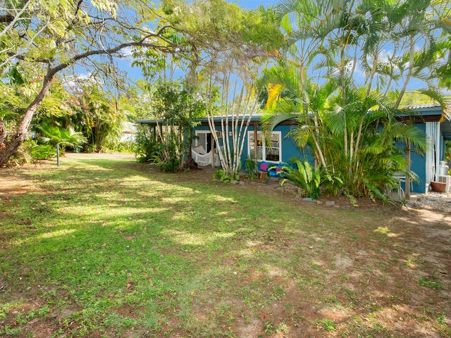 53 Christensen St, Machans Beach, Qld 4878