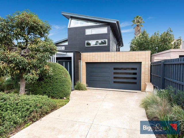 9a Tuxen Court, Brighton East, Vic 3187
