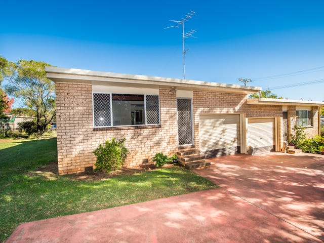 4 Wine Drive, Wilsonton Heights, Qld 4350
