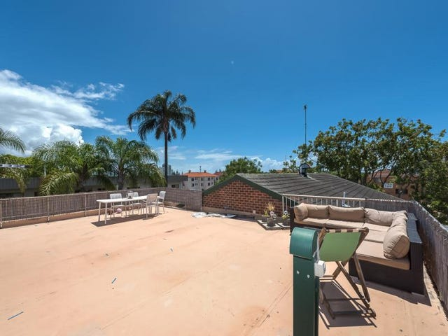 13/210 Scarborough Street, Southport, Qld 4215