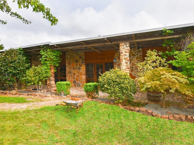 541 Tugalong Road, Canyonleigh, NSW 2577