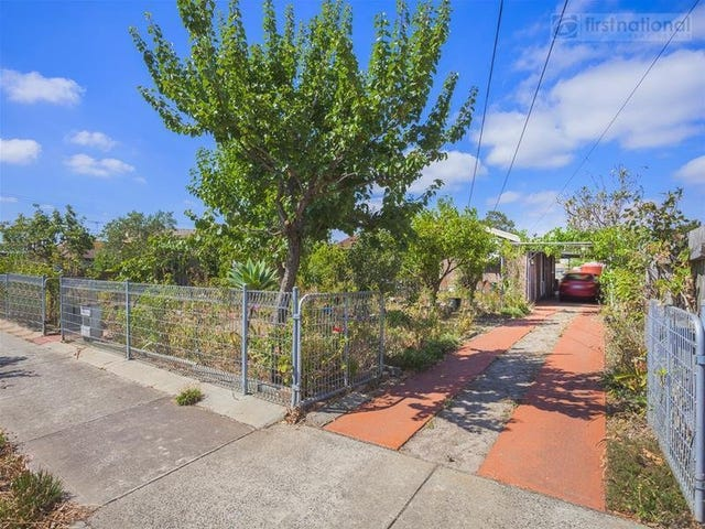 5 Bendoc Court, Meadow Heights, Vic 3048