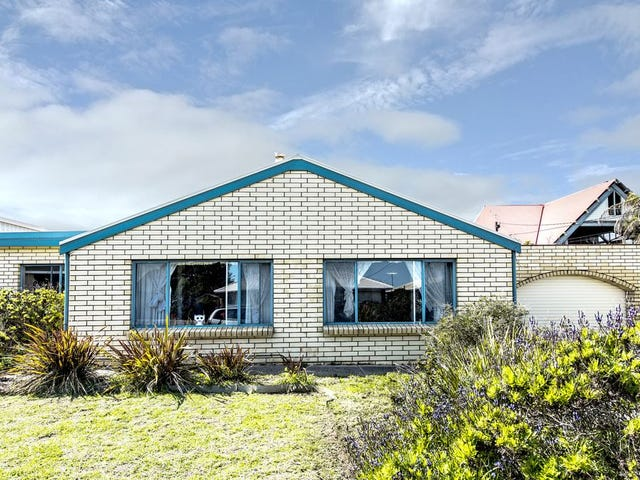 18 Clement Terrace, Christies Beach, SA 5165