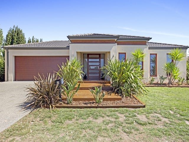 8 Bloomfield Road, Gisborne, Vic 3437