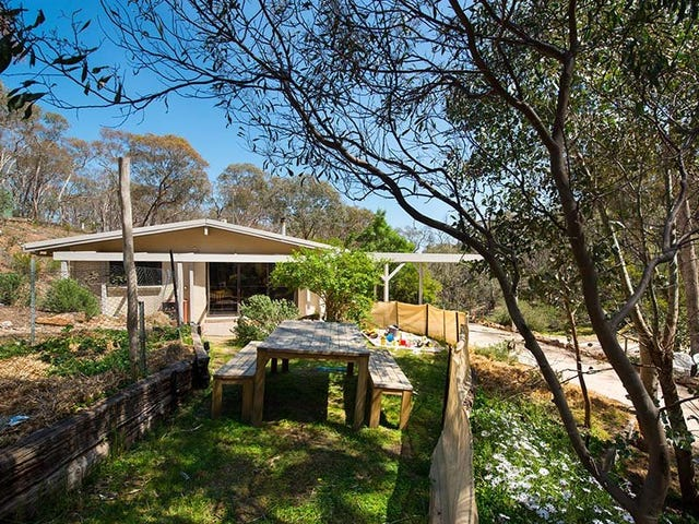 64 Mosquito Gully Road, Barkers Creek, Vic 3451