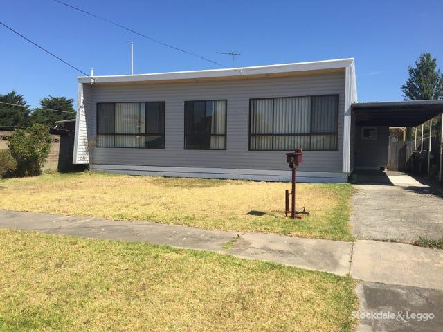 6 Hamilton Court, Breakwater, Vic 3219