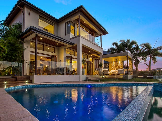 13 The Peninsula, Sovereign Islands, Qld 4216
