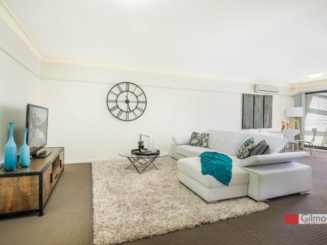 4/1 Cheriton Avenue, Castle Hill, NSW 2154