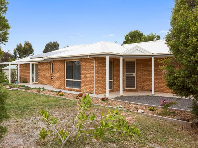 8 Patricia Court, Maiden Gully, Vic 3551