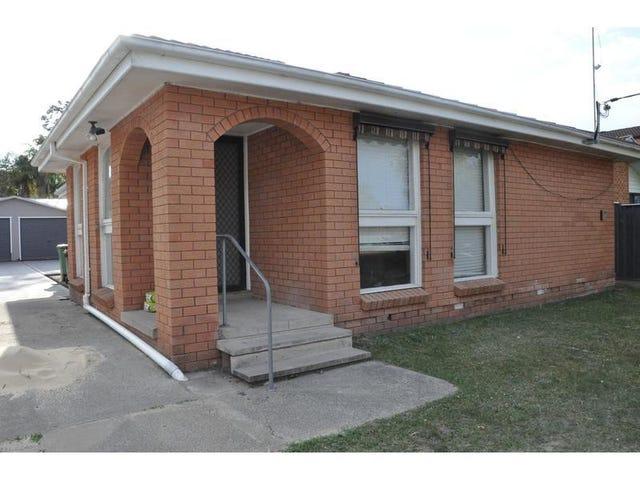 12 Clare Crescent, Berkeley Vale, NSW 2261