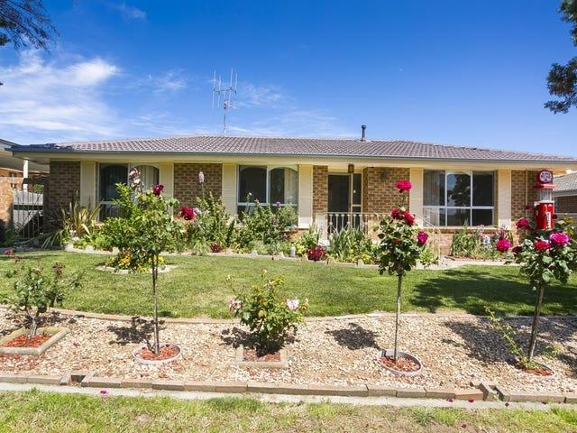 56 Christopher Crescent, Queanbeyan, NSW 2620
