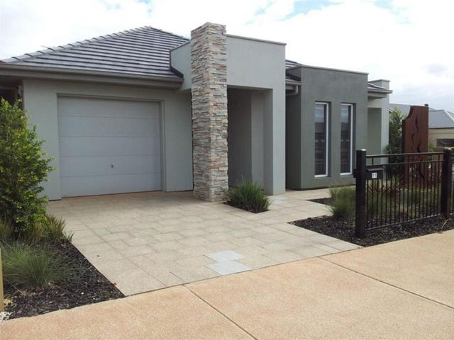11 Hayfield Avenue, Blakeview, SA 5114
