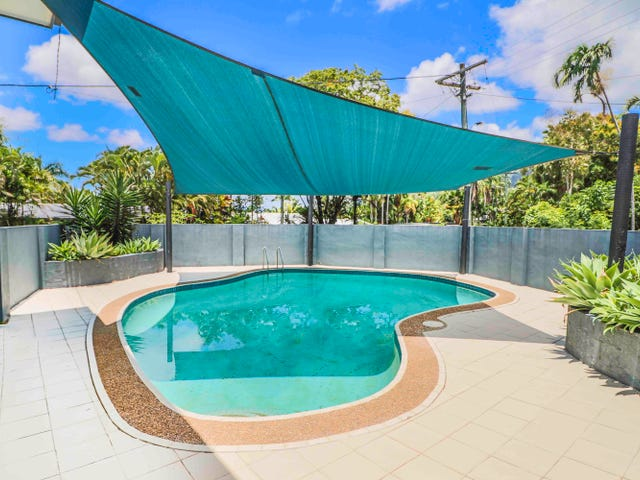 68 Hillview Crescent, Whitfield, Qld 4870